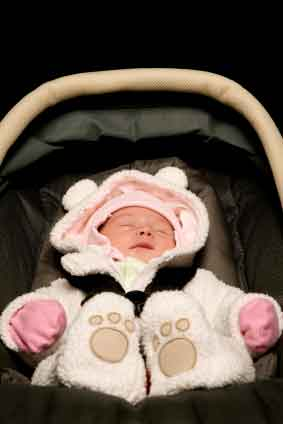 how to bring newborn home from hospital